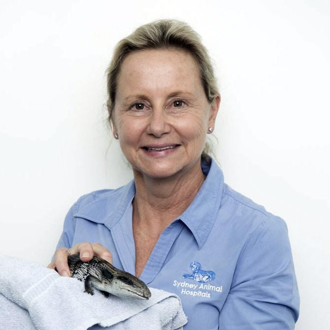 Dr Louise Matthews